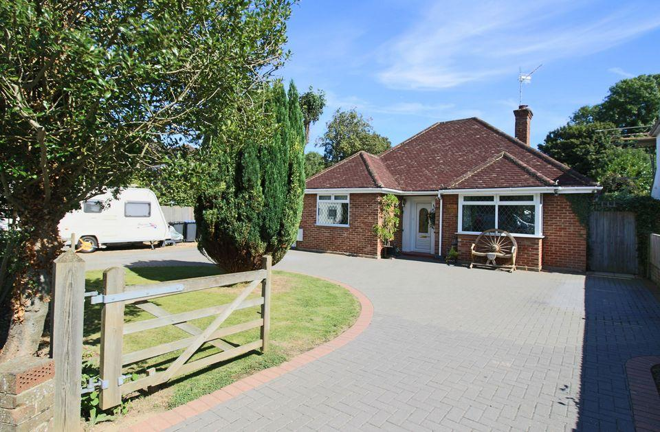 3 Bedrooms Detached House for sale in Semley Road, Hassocks
