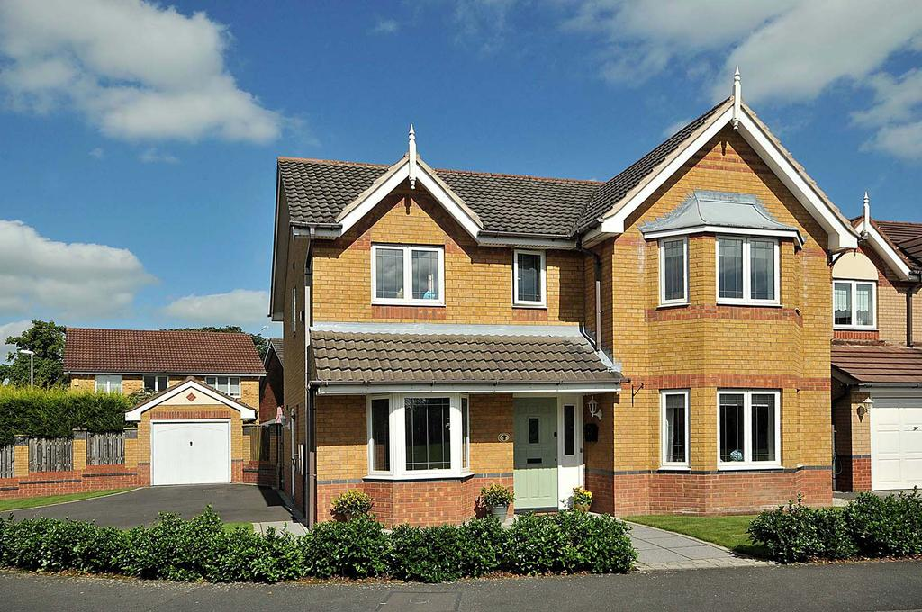 4 Bedrooms Detached House for sale in Kensington Drive, Congleton