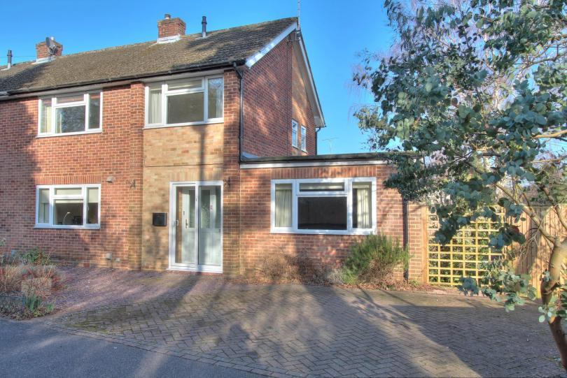 3 Bedrooms Semi Detached House for sale in Nickson Close, Chandlers Ford