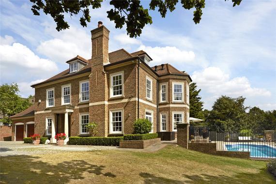 Highlands Road Reigate Surrey Rh2 8 Bed Detached House