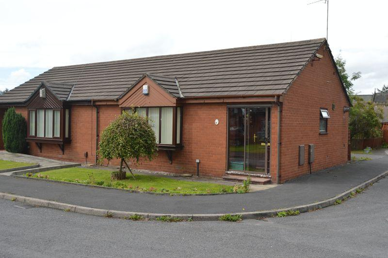 1 Bedroom Bungalow for sale in Chancel Place, Rochdale