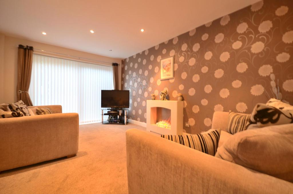 2 Bedrooms Terraced House for sale in Throckley