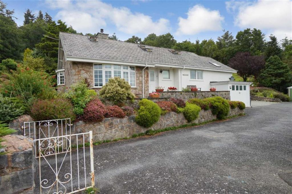4 Bedrooms Detached House for sale in Cowlyd Road, Trefriw