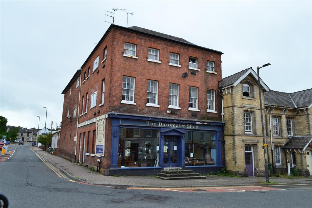 2 Bedrooms Town House for sale in Broad Street, Leominster