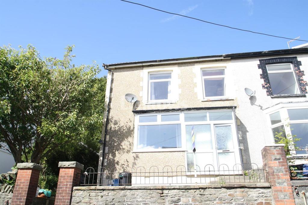 4 Bedrooms End Of Terrace House for sale in Brynteg, Treharris