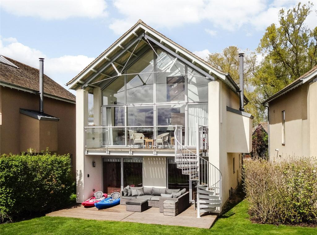 5 Bedrooms Detached House for sale in Lower Mill Estate, Somerford Keynes, Gloucestershire, GL7