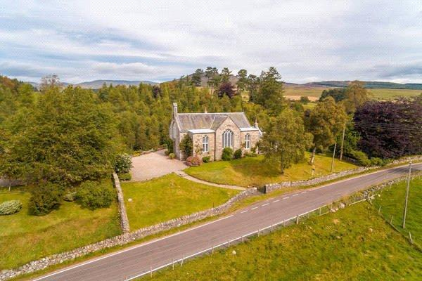 4 Bedrooms Detached House for sale in Talla Shee, Enochdhu, Blairgowrie, Perthshire., PH10