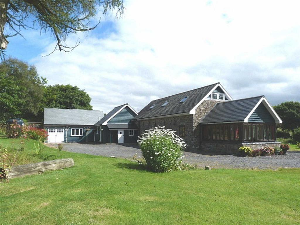 4 Bedrooms Barn Conversion Character Property for sale in Carno, Caersws