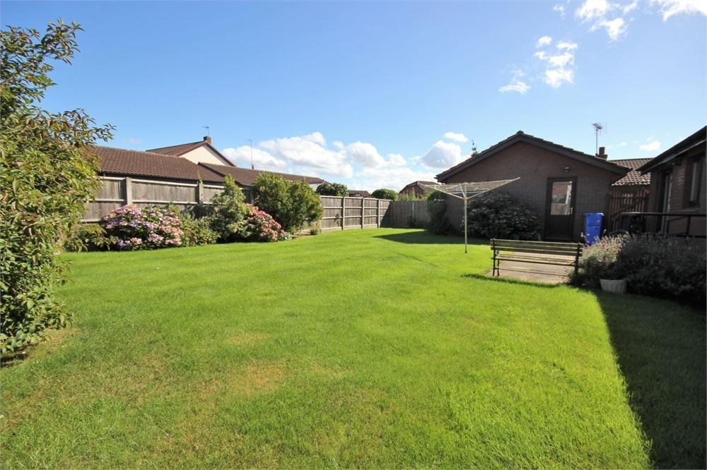 3 Bedrooms Detached Bungalow for sale in Newland Close, WIDNES, Cheshire