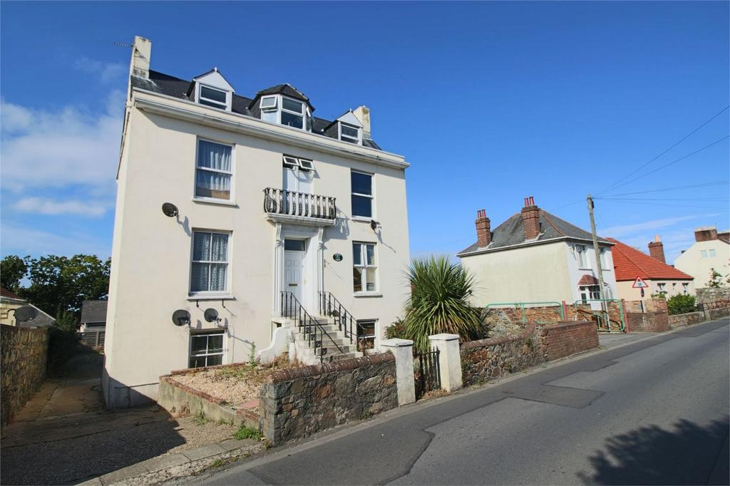 1 Bedroom Flat for sale in 3 Thistle Court, Collings Road, St Peter Port, TRP 28