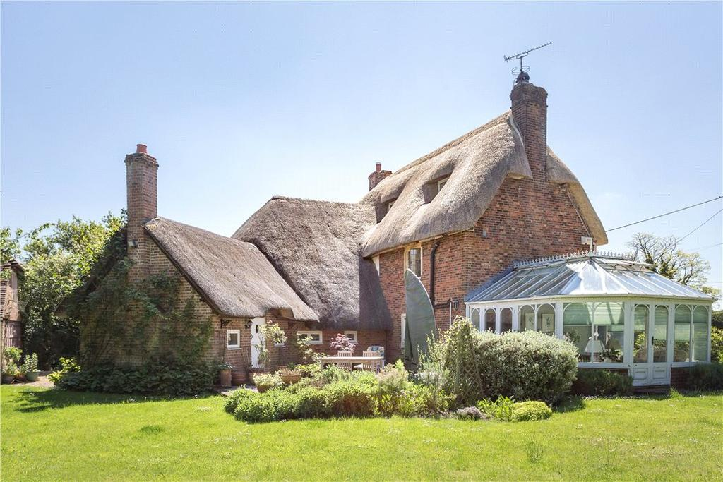 5 Bedrooms Detached House for sale in Hilcott, Pewsey, Wiltshire, SN9
