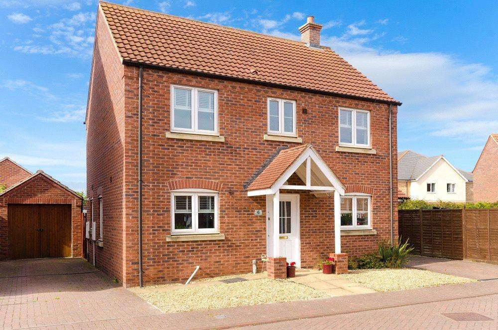 4 Bedrooms Detached House for sale in Merlin Close, Bourne, PE10