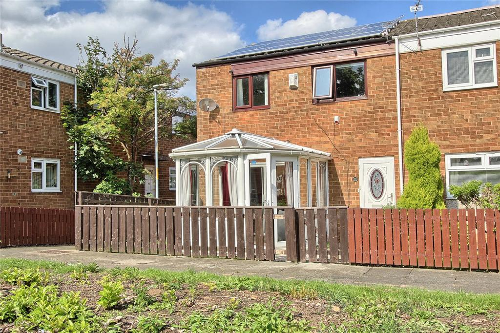 3 Bedrooms End Of Terrace House for sale in Edgeworth Court, Hemlington