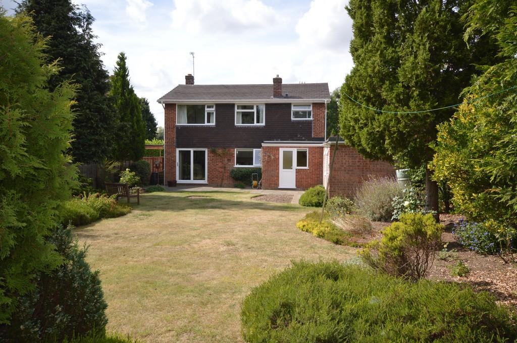 4 Bedrooms Detached House for sale in Eaton