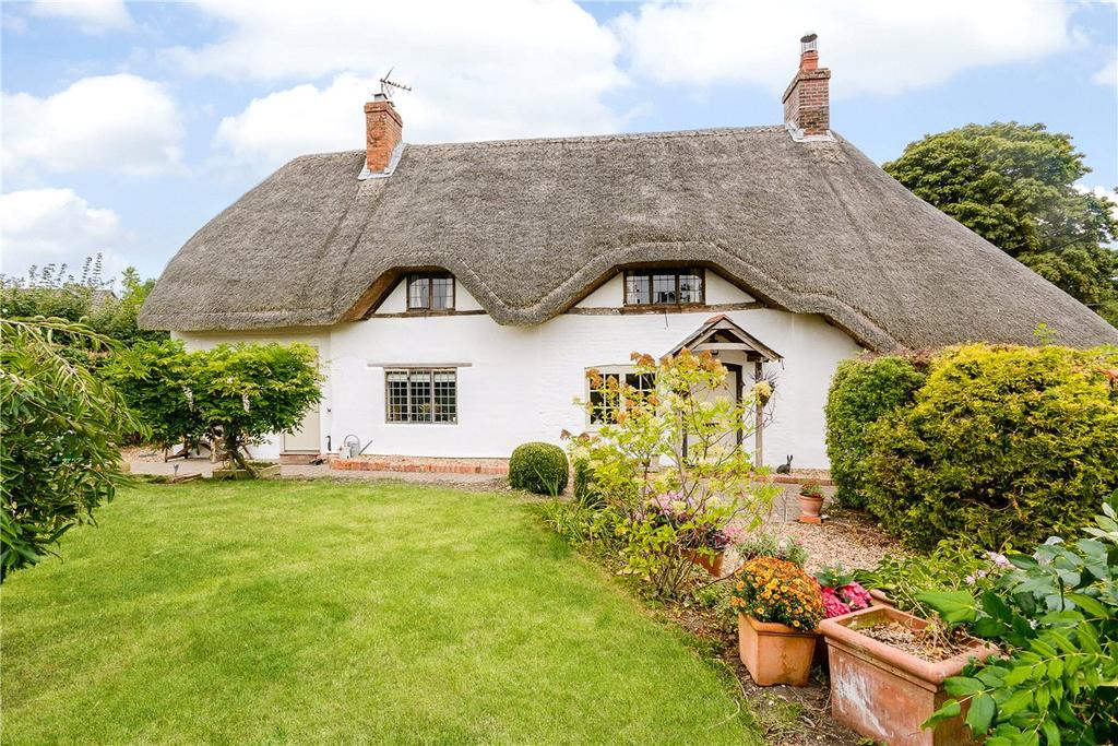 3 Bedrooms Detached House for sale in Abbotts Ann, Andover, Hampshire, SP11