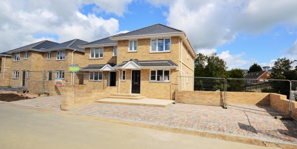 4 Bedrooms Town House for sale in Atherley Park Way, Shanklin