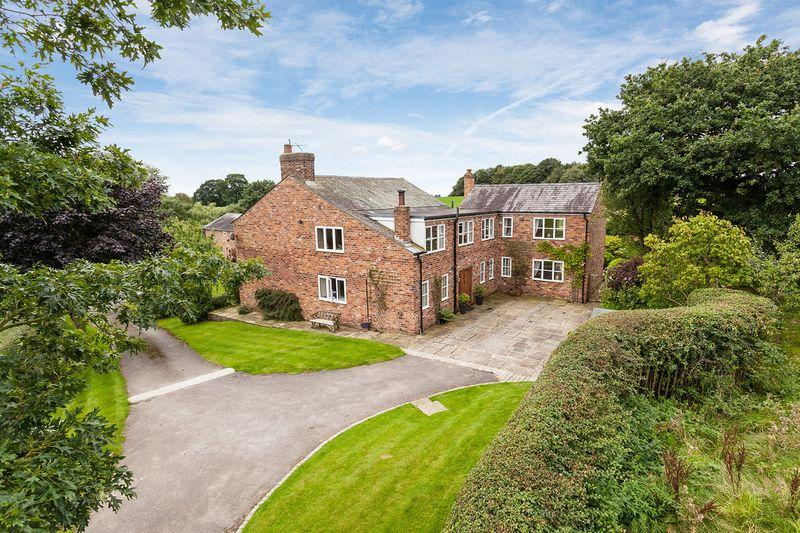 5 Bedrooms Country House Character Property for sale in Pexhill Road, Siddington