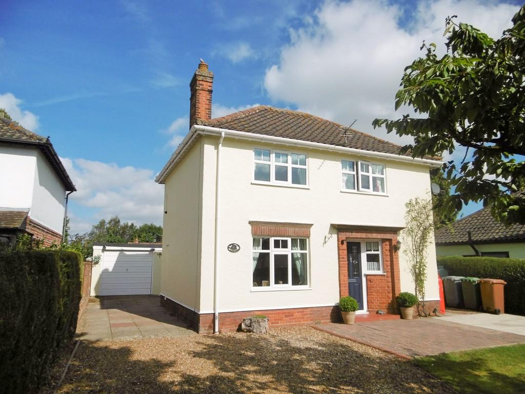 3 Bedrooms Detached House for sale in Reepham