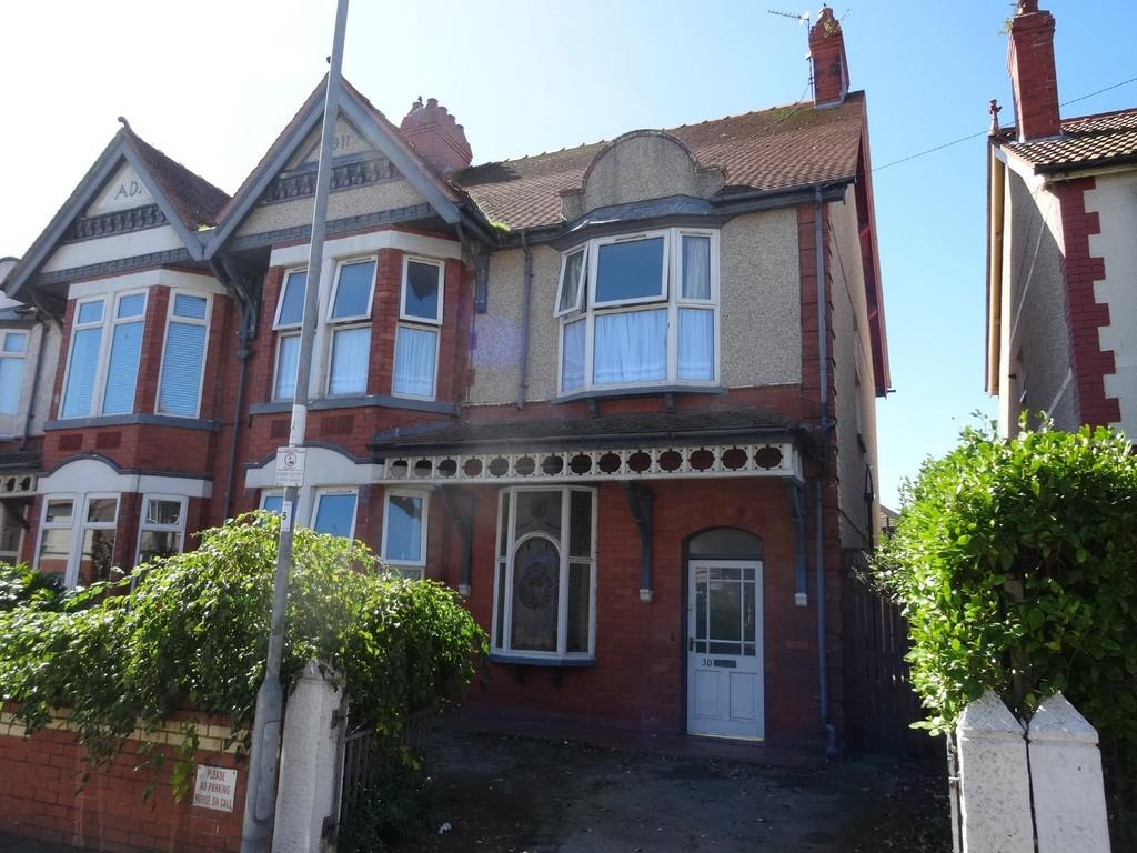 5 Bedrooms Semi Detached House for sale in Rhyl, Denbighshire