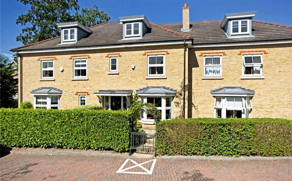 4 Bedrooms Terraced House for sale in Cranwells Lane, Farnham Common, SL2
