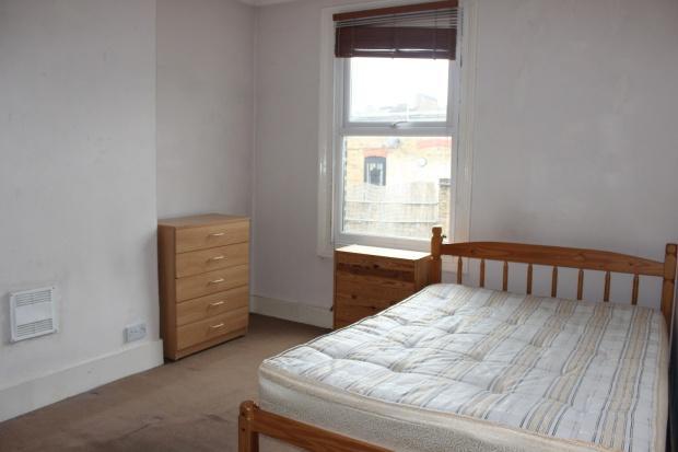 4 Bedrooms Apartment Flat