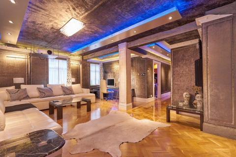 3 bedroom flat to rent - Montagu Square, Marylebone, W1H
