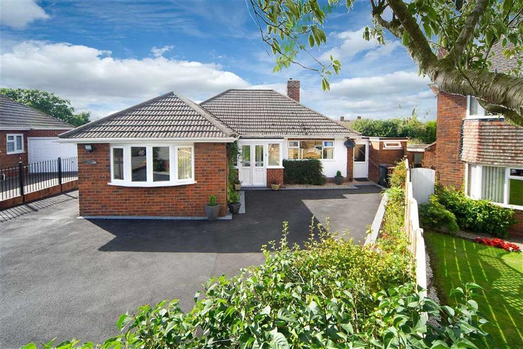 3 Bedrooms Detached Bungalow for sale in 11, Ridgeway Drive, Penn, Wolverhampton, West Midlands, WV4