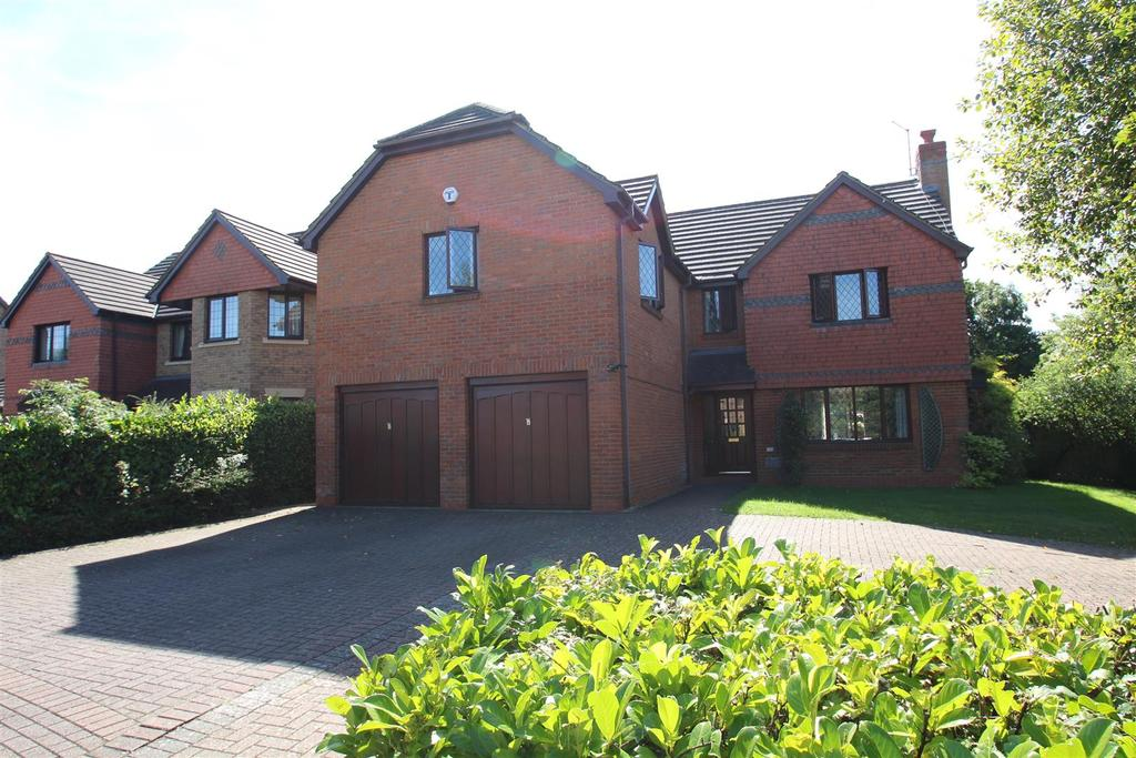 5 Bedrooms Detached House for sale in Loughton, Milton Keynes
