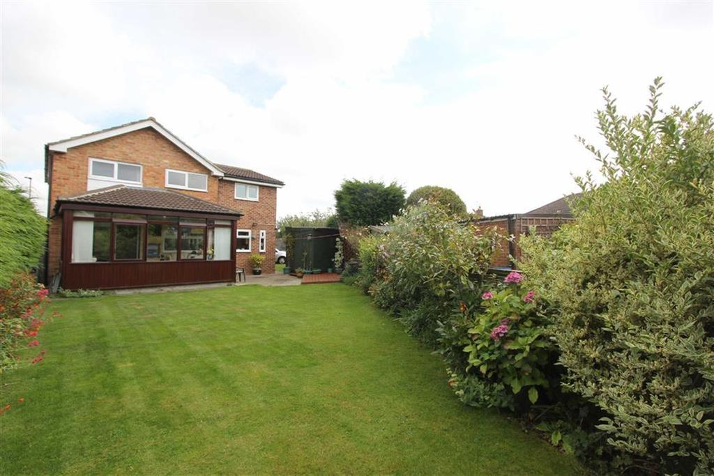 4 Bedrooms Detached House for sale in Beechwood Avenue, Stokesley