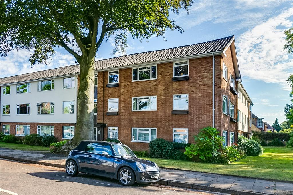 3 Bedrooms Flat for sale in Chatterton Court, Eversfield Road, Kew, Surrey