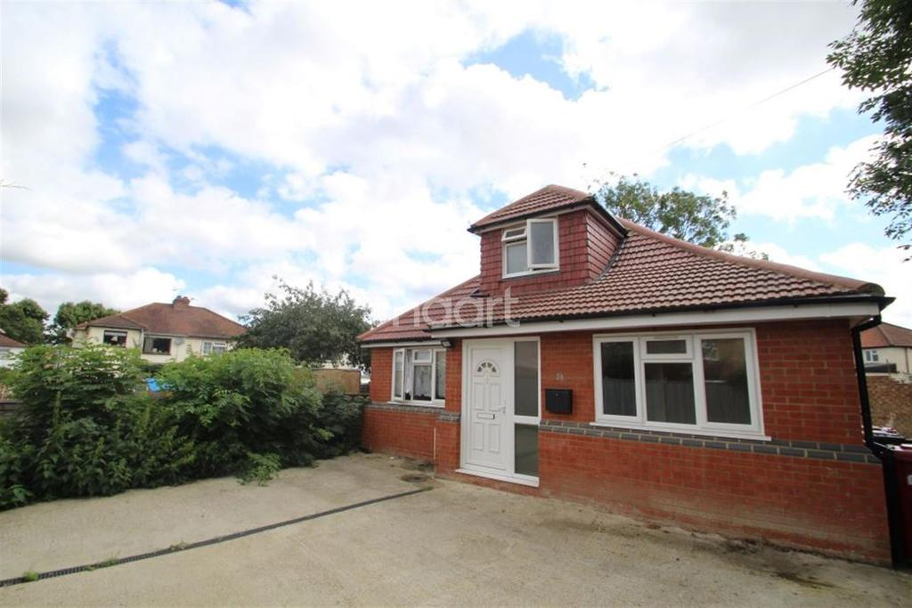 3 Bedrooms Bungalow for sale in Seymour Road
