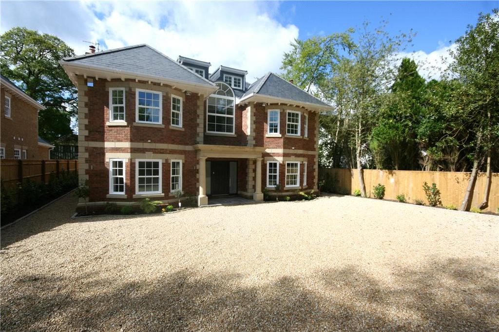 6 Bedrooms Detached House for sale in Fulmer Drive, Gerrards Cross, SL9