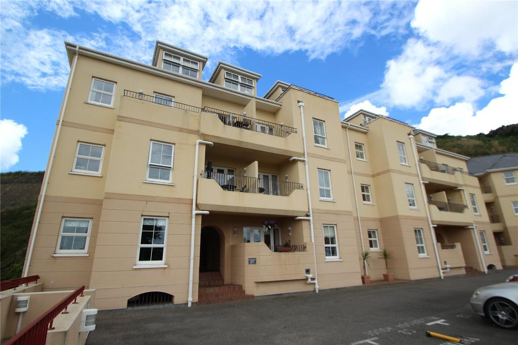 2 Bedrooms Flat for sale in Park Heights, Old St Johns Road, St Helier, JE2