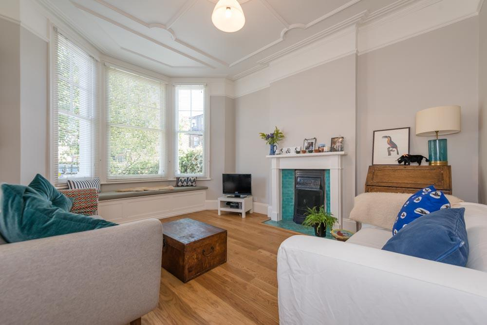 2 Bedrooms Flat for sale in Hanover Road, London, NW10