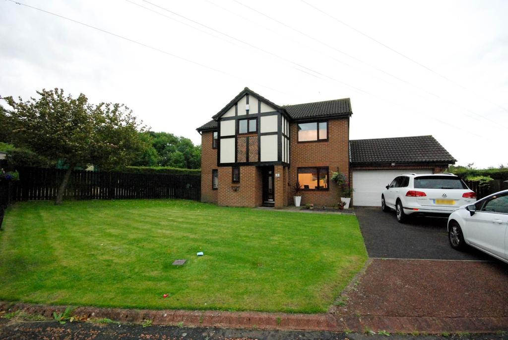 4 Bedrooms Detached House for sale in Deacon Close, North Walbottle
