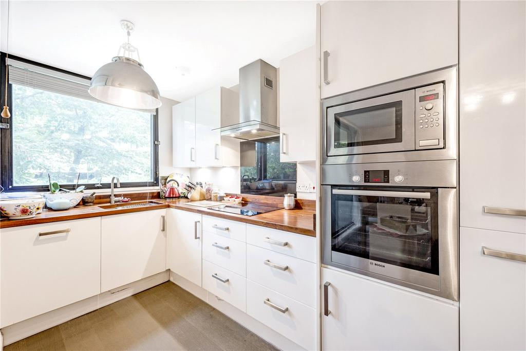 3 Bedrooms Flat for sale in Repton House, Charlwood Street, Pimlico, London