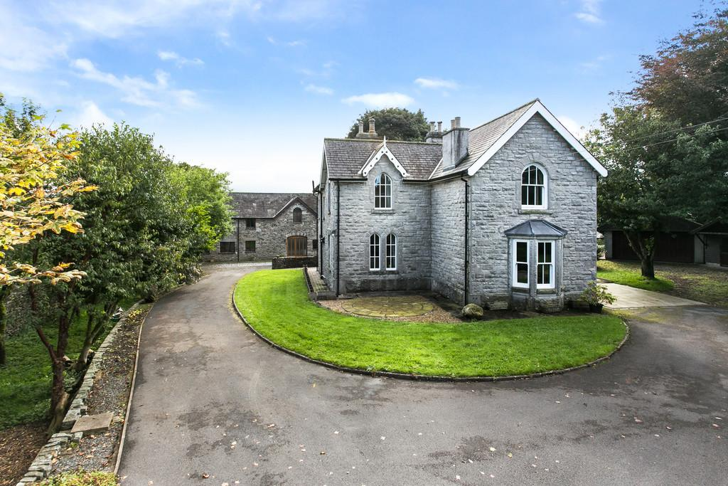 7 Bedrooms Detached House for sale in Woodlands The Carriage House, Crooklands, Milnthorpe, LA7 7NJ