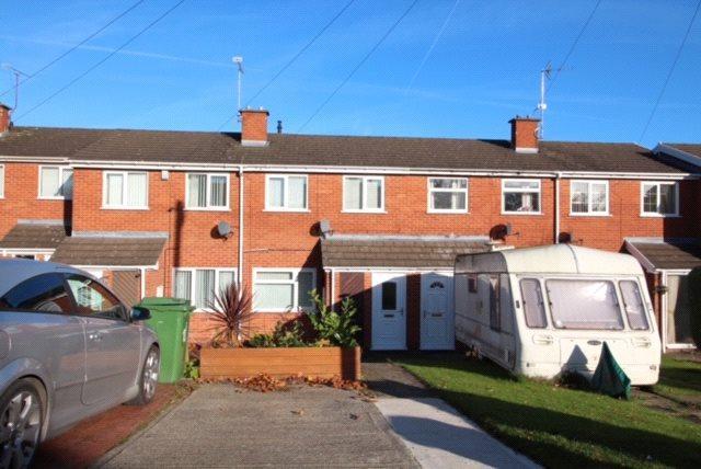 2 Bedrooms Terraced House for sale in Ffordd Mynydd Issa, Rhos, Wrexham, LL14