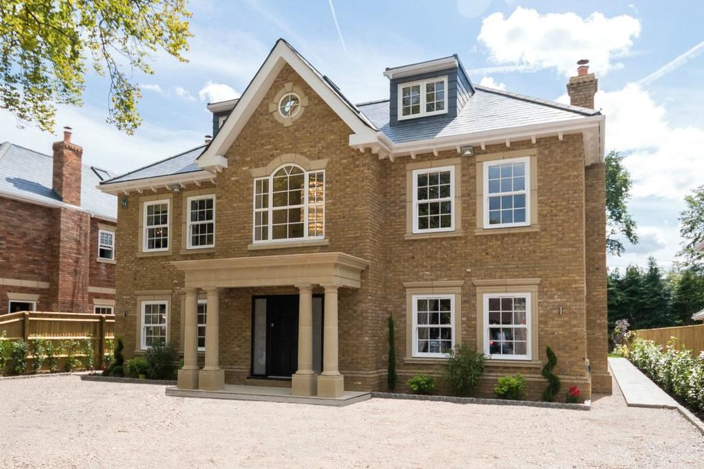 6 Bedrooms Detached House for sale in Fulmer Drive, Gerrards Cross, Buckinghamshire