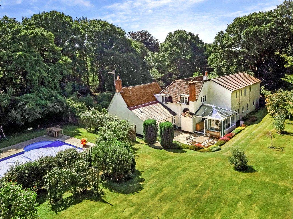 5 Bedrooms Detached House for sale in Rowe Hill, Holt, Wimborne, Dorset