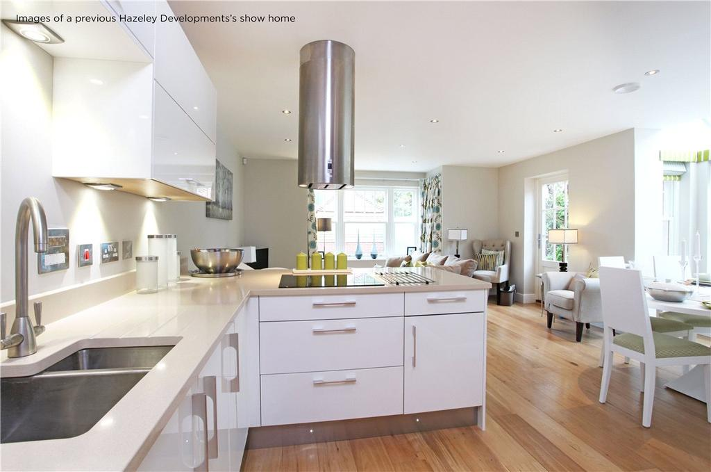 2 Bedrooms Maisonette Flat for sale in Tower Street, Winchester, Hampshire, SO23