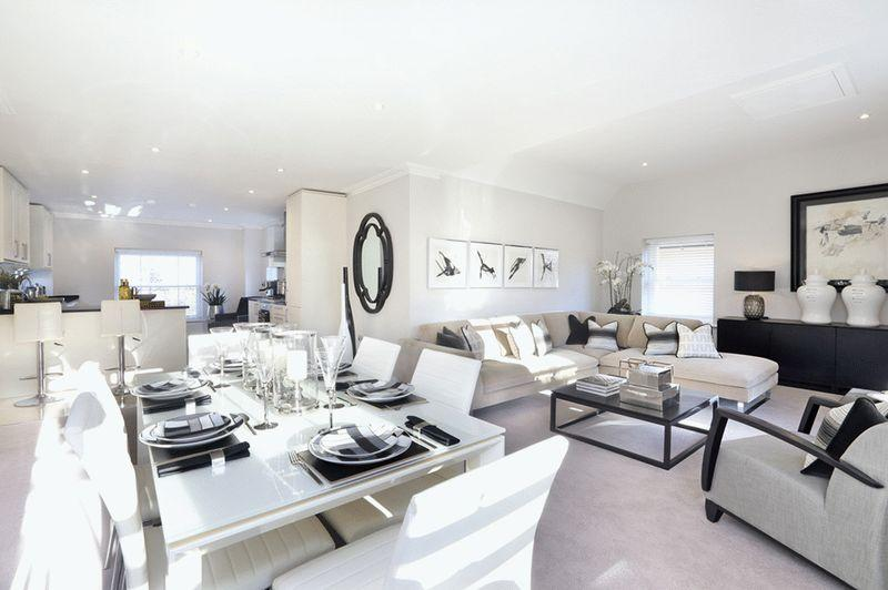 3 Bedrooms Apartment Flat for sale in BOOKHAM