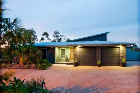 5 bedroom house  - 6 Tree Tops Close, O'CONNELL, QLD 4680