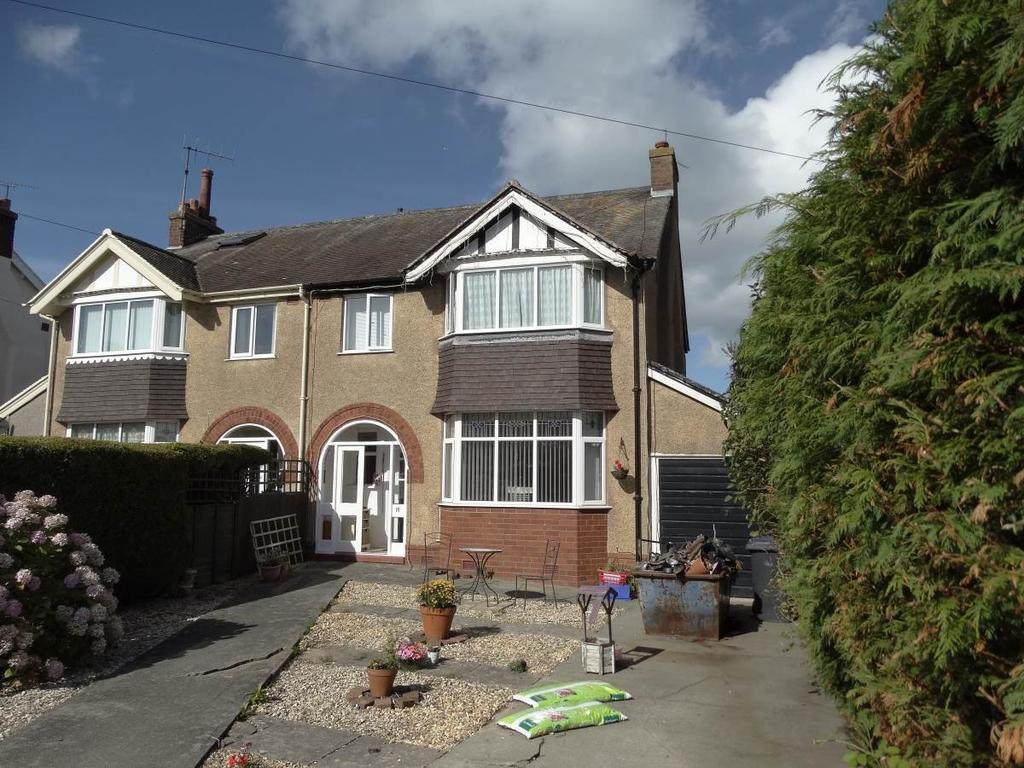 3 Bedrooms Semi Detached House for sale in 16 Merivale Road, Penrhyn Bay, LL30 3LS