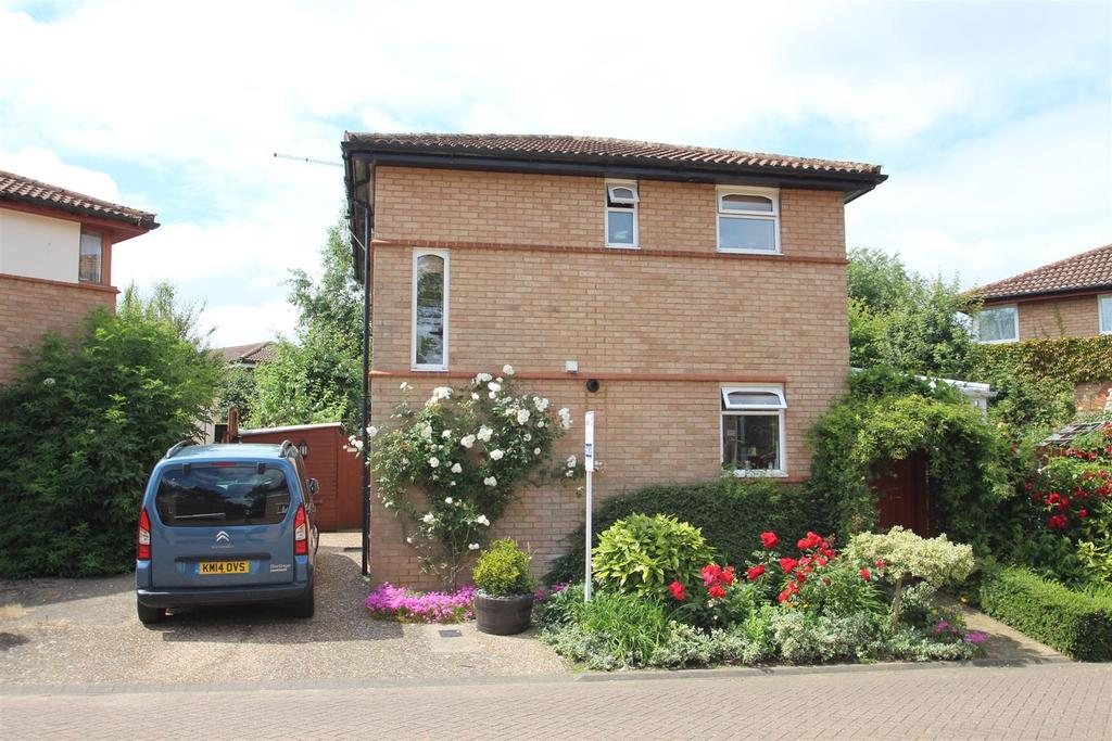 3 Bedrooms Detached House for sale in Silicon Court, Shenley Lodge, Milton Keynes