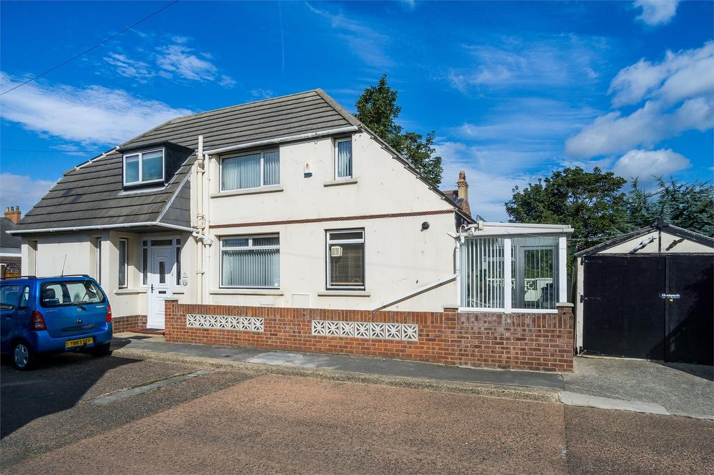 3 Bedrooms Detached House for sale in Westfield Rise, WITHERNSEA, East Riding of Yorkshire