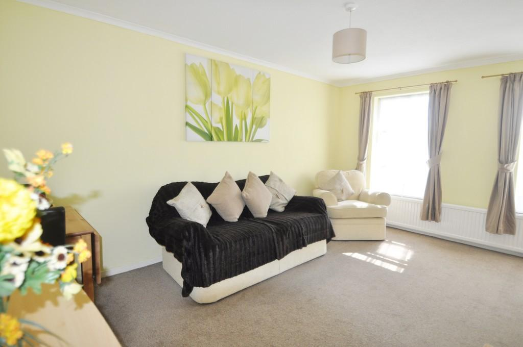 1 Bedroom Apartment Flat for sale in Broadlands, Thundersley