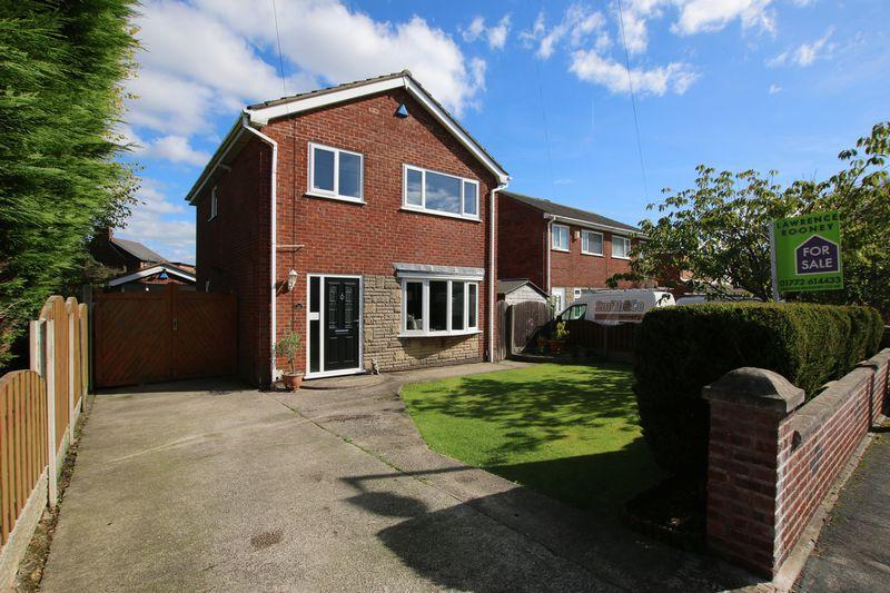 3 Bedrooms Detached House for sale in Briar Grove, Ingol