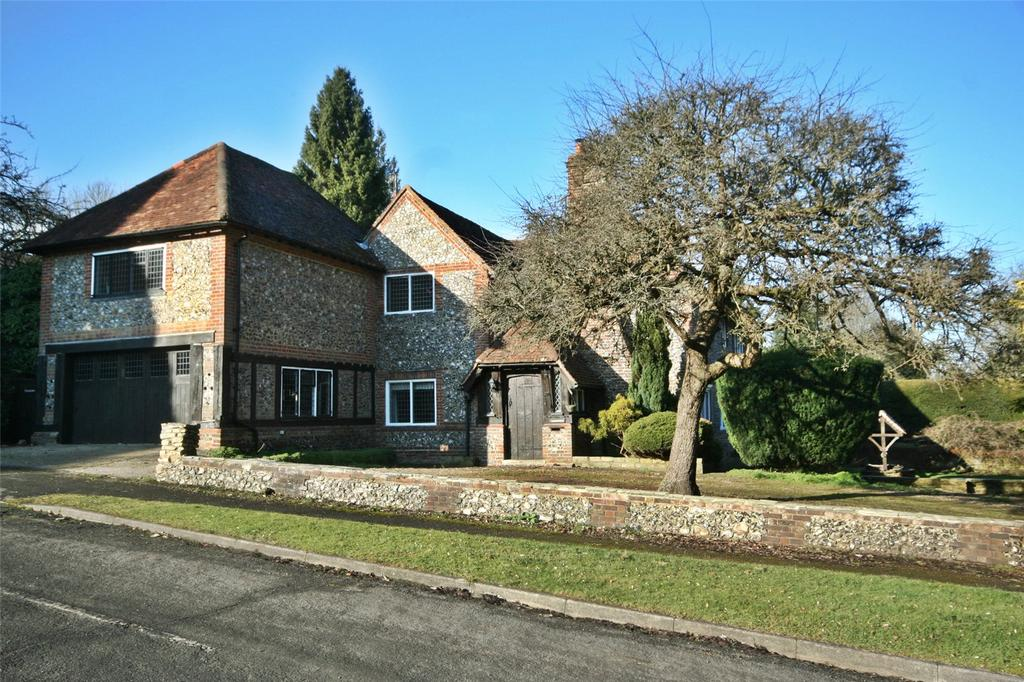 6 Bedrooms Detached House for sale in Claydon Lane, Chalfont St Peter, Buckinghamshire