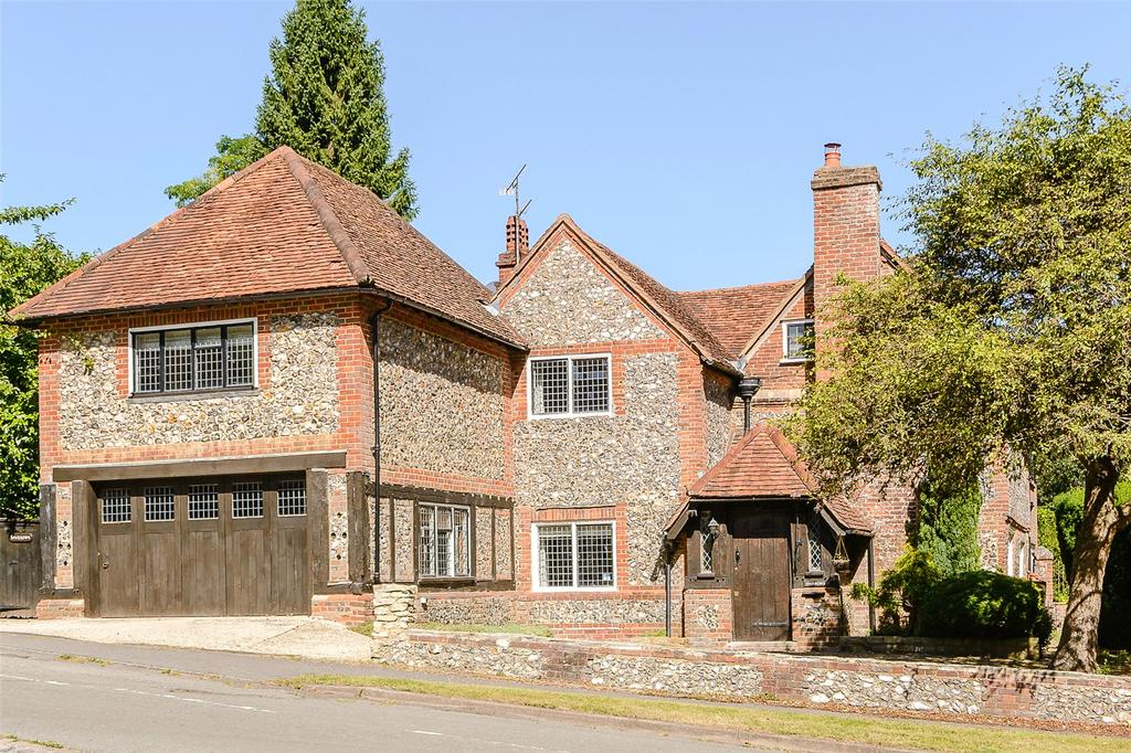 6 Bedrooms Detached House for sale in Claydon Lane, Chalfont St Peter, Gerrards Cross, Buckinghamshire